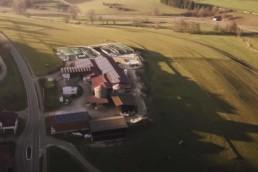 Luftbild Blick auf Gebäude